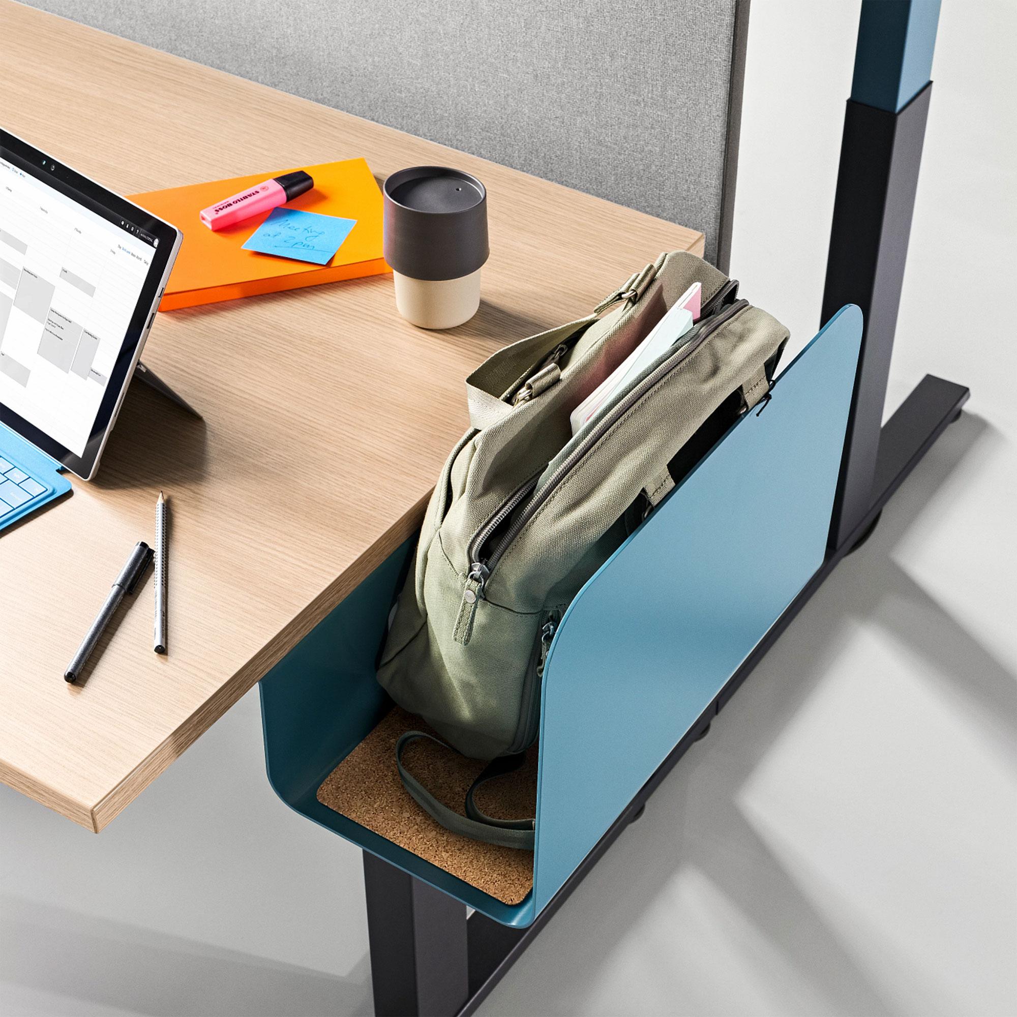 Steelcase Migration SE elektrisch höhenverstellbarer Schreibtisch, 720 - 1200 mm