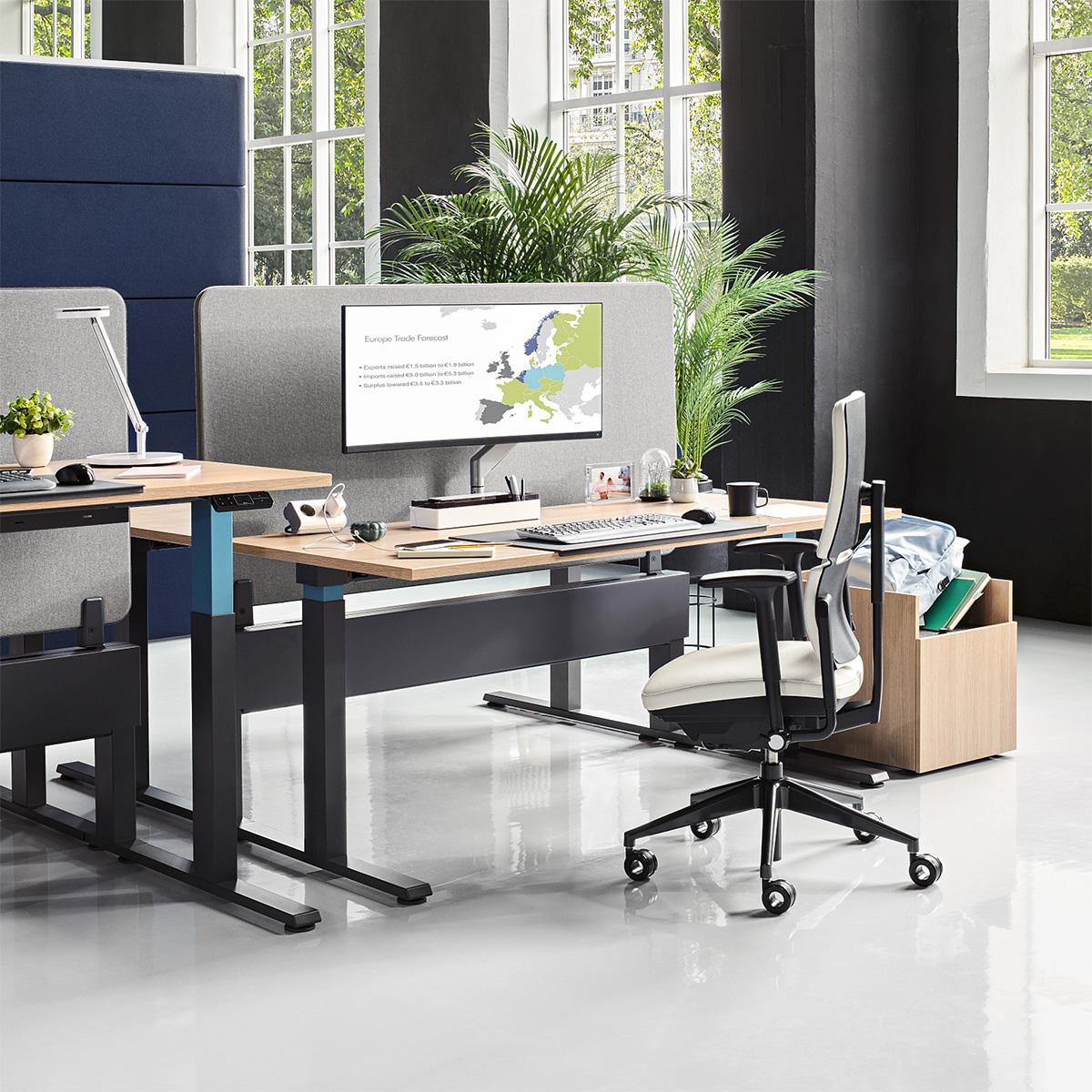 Steelcase PLEASE Bürostuhl mit Armlehnen Aktionsmodell
