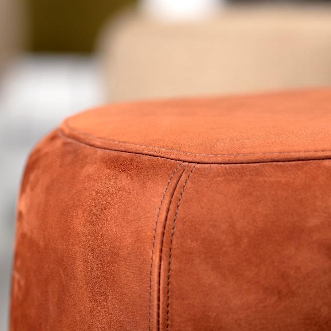 Cascando PADDY Loungehocker mit pulverbeschichtetem Gestell