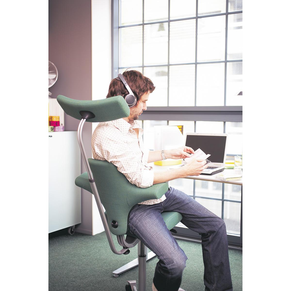 HAG Capisco 8107 Bürostuhl mit Sattelsitz und Kopfstütze